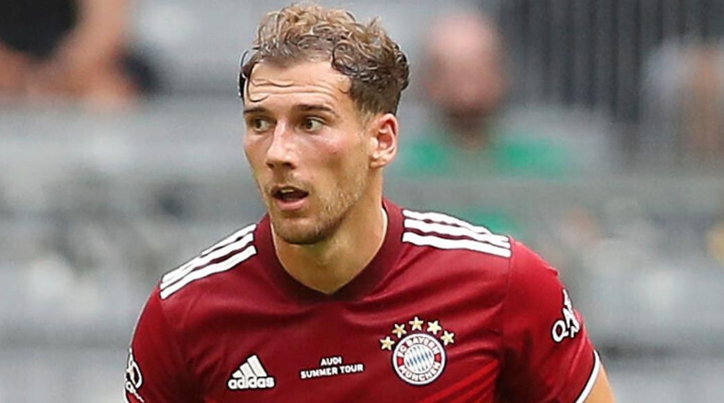 拜仁慕尼黑主教练尤利安~纳格尔斯曼自信中场将签下新合同