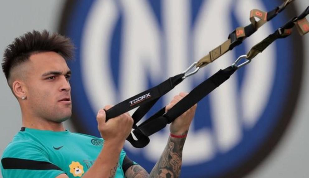 托特纳姆热刺试图签下国际米兰前锋劳塔罗·马丁内斯
