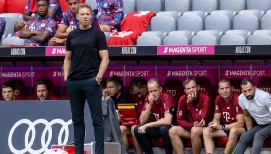 拜仁慕尼黑的新经理朱利安·纳格尔斯曼陷入了早期的动荡?