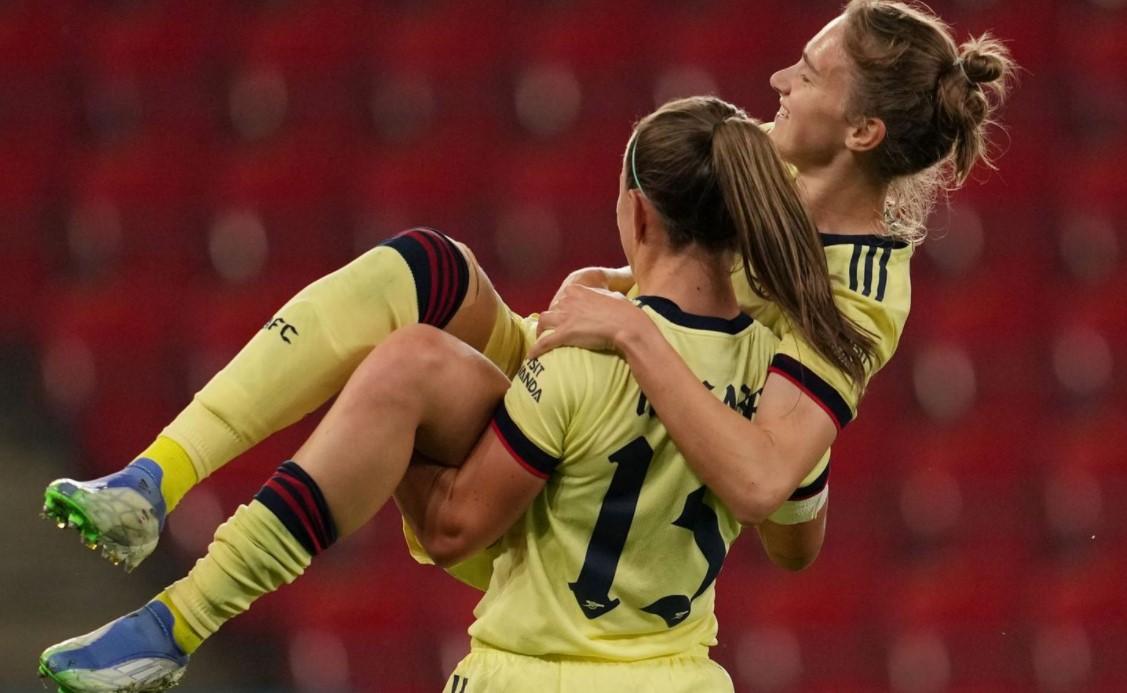 阿森纳女队晋级欧冠小组赛