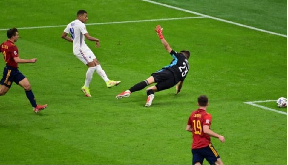 世界杯冠军法国击败西班牙以赢得欧洲足联国家联赛冠军