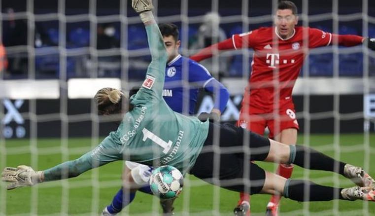 勒万多夫斯基拜仁赢得比赛