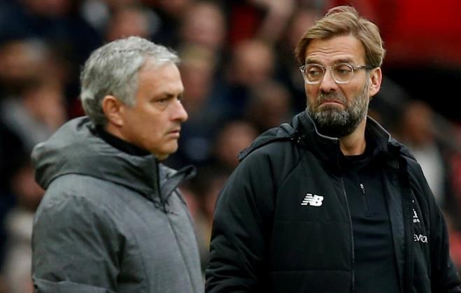 对我的沉重打击穆里尼奥(Jose Mourinho)的目标是针对Jurgen Klopp的决斗行为,因为他声称自己得到的待遇比竞争对手更严