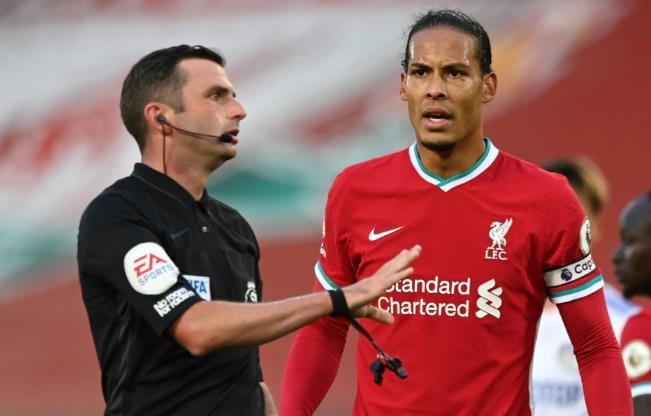 利物浦王牌维吉尔•范•迪克因超速驾驶10万英镑而被罚款