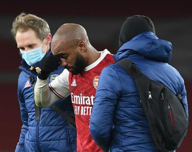 在阿森纳前锋曼联的马奎尔发生冲突后,拉卡泽特提供了积极的医疗更新