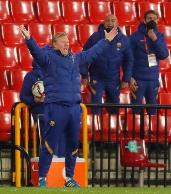 """热刺失败者罗伯托•索尔达多在发生冲突时称呼巴塞罗那老板科曼为""""白痴""""和""""小丑"""""""