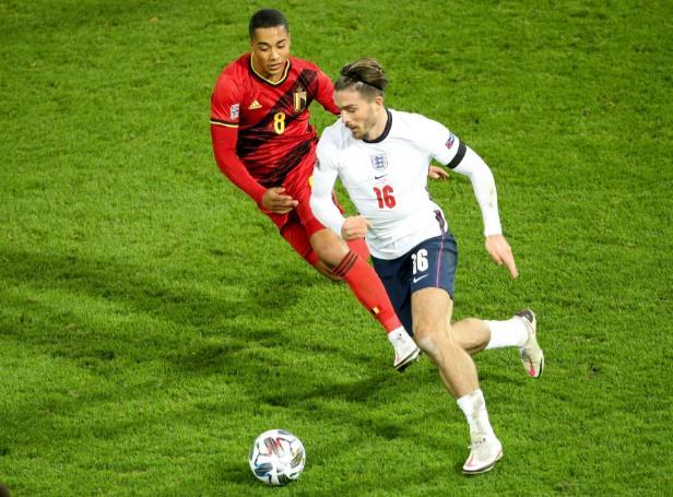 """别墅巨星杰克•格雷里什承认他""""渴望""""参加2020年欧洲杯的英格兰比赛,并且一直在思考"""