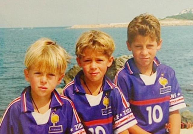 前切尔西球星埃登•阿扎尔(Eden Hazard)透露自己是阿森纳的球迷