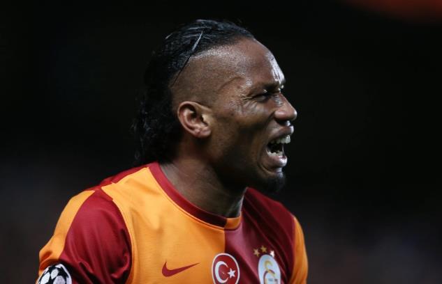 """切尔西传奇人物迪迪埃•德罗巴(Didier Drogba)在30多岁的举重比赛中因""""像疯子一样训练""""而震惊的队友"""