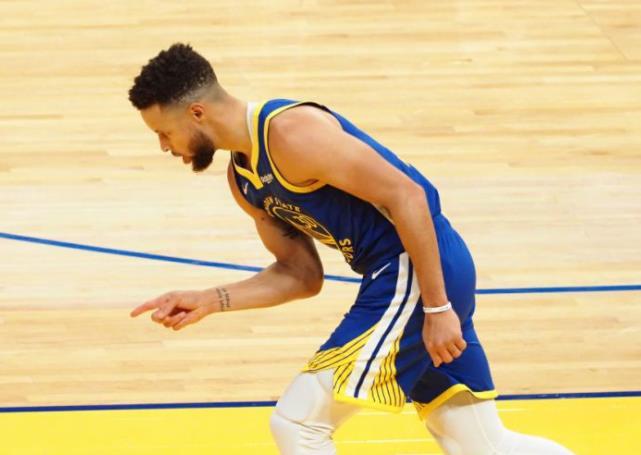 斯蒂芬•库里回应被提名为2021年NBA全明星首发