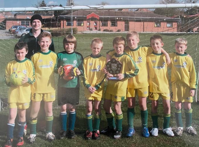 英格兰球星哈维•巴恩斯在11岁时曾为他的国家效力