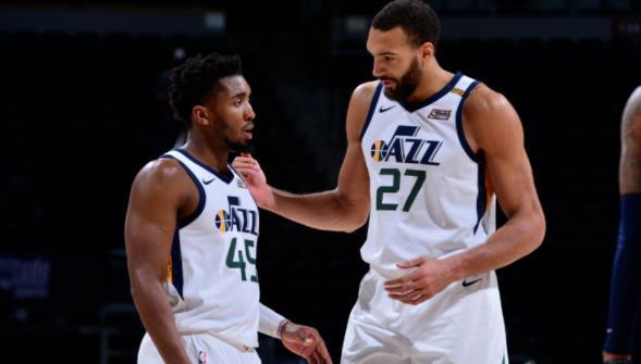 爵士全明星球员多诺万•米切尔 ,鲁迪•戈贝尔因对公职人员的批评而被NBA罚款