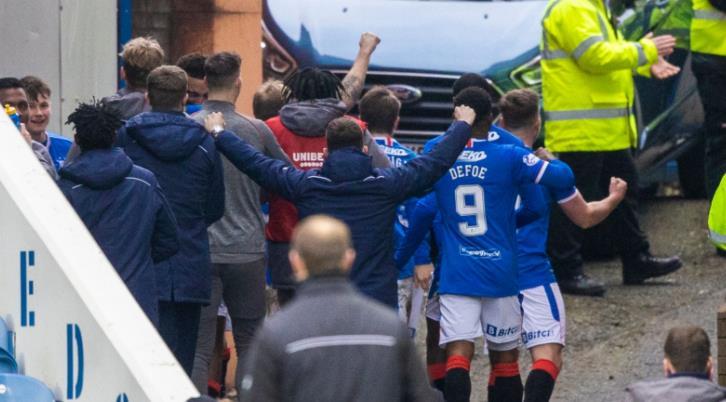 史蒂文•杰拉德为苏格兰巡回赛迷们辩护