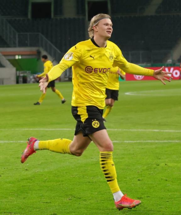 多特蒙德球星埃尔林•哈兰德的17岁堂兄在挪威以37场比赛的惊人64球入球