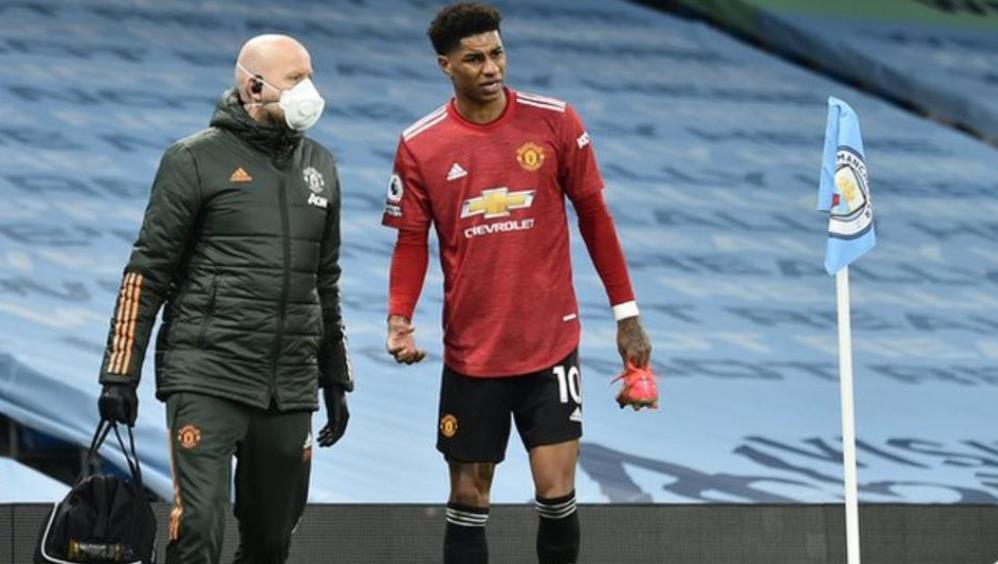 曼联前锋在德比战中并未遭到脚踝关节韧带损伤