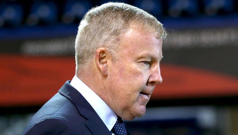 肯尼•杰基特在四年的职业生涯后离任朴茨茅斯经理