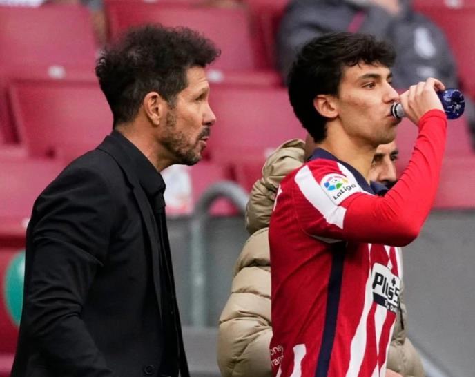 若奥•费利克斯否认与马德里竞技老板迭戈•西蒙尼发生裂痕的传闻。