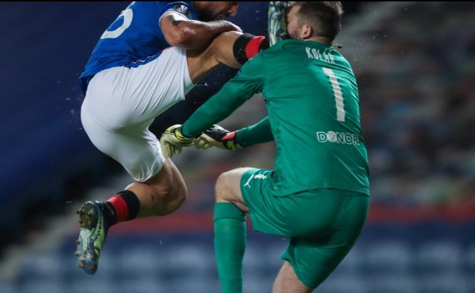 昂德雷伊•科拉日在对阵流浪者队中受伤