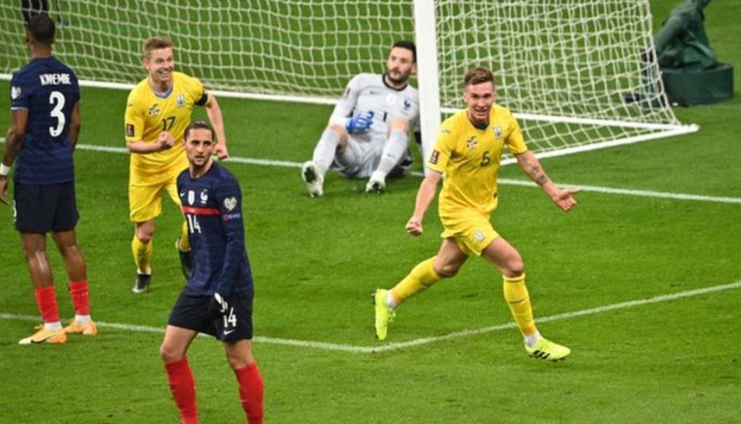 上届世界杯冠军法国队队伍与乌克兰形成了平局
