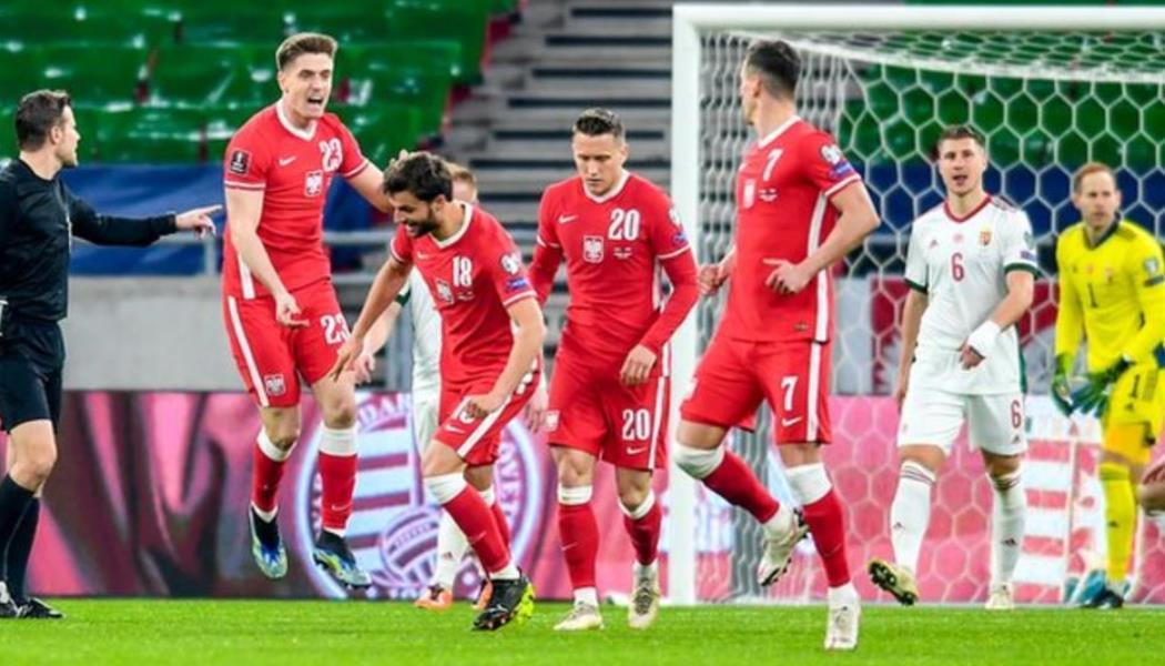 波兰队与匈牙利队的六个球精彩比赛