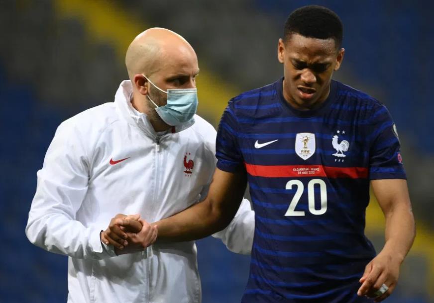 曼联安东尼•马夏尔因膝将伤错过法国对阵波斯尼亚的比赛