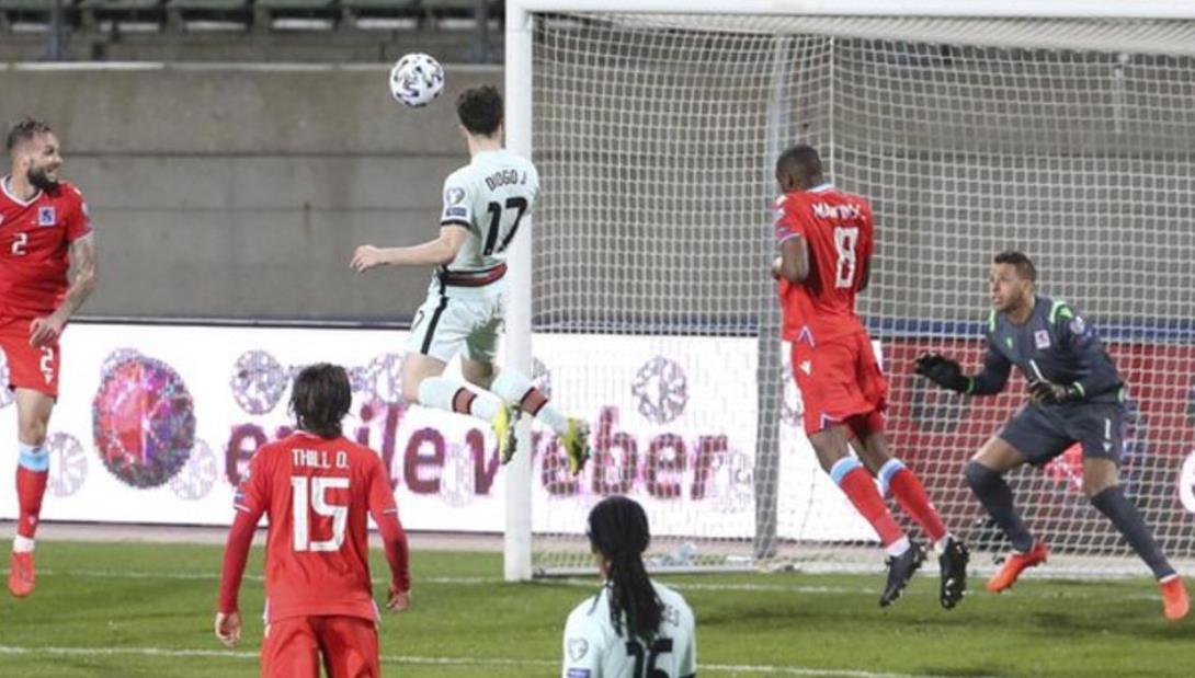 迪奥戈·乔塔与克里斯蒂亚诺·罗纳尔多的进球拯救了葡萄牙