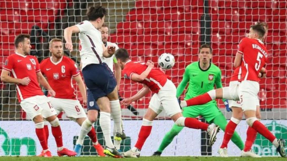 后期的进球使英格兰队伍战胜了波兰