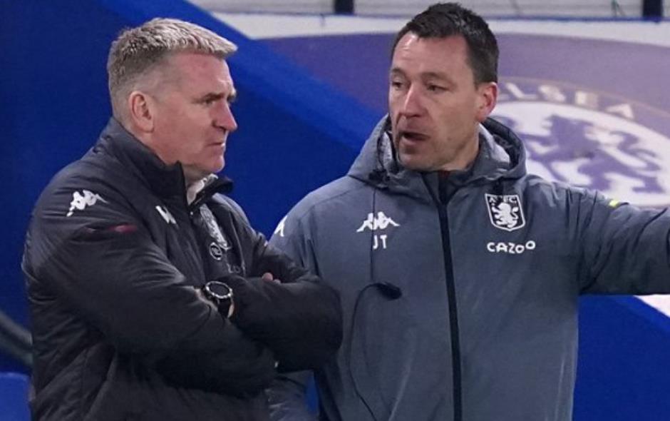 谢菲尔德联队正在考虑阿斯顿维拉教练约翰.特里