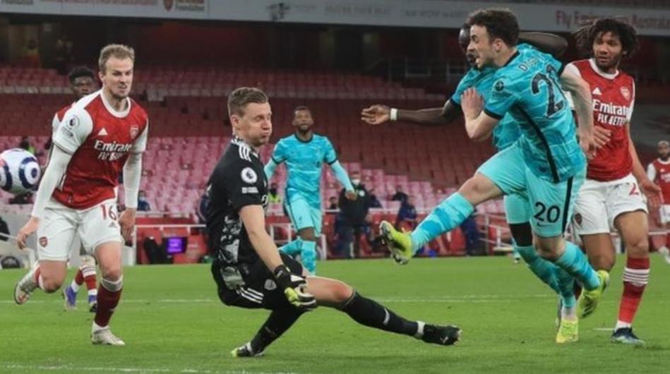 利物浦击败了阿森纳使他们争夺前四名的希望又燃起了