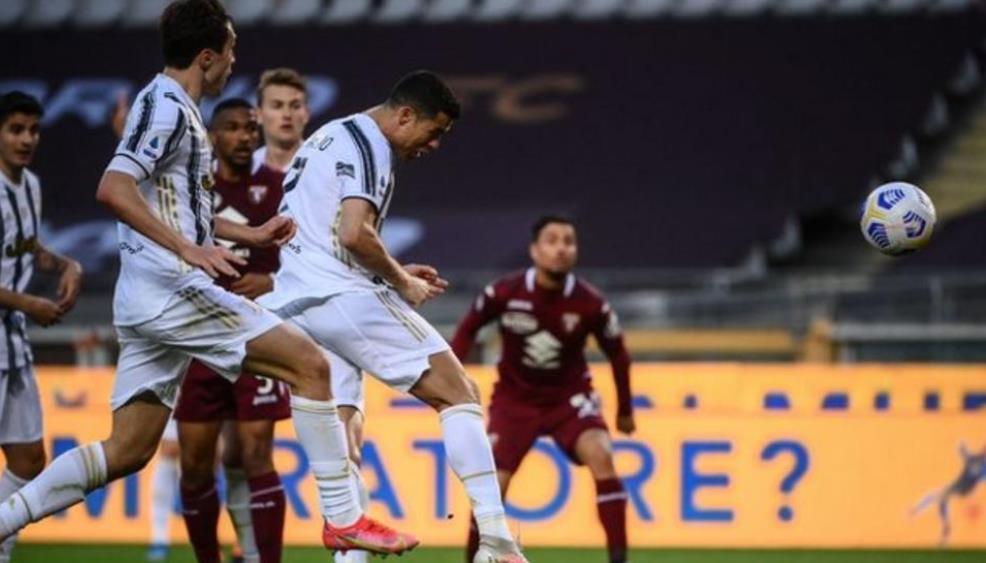 罗纳尔多的关键一球拯救了球队以2-2比分结束了比赛