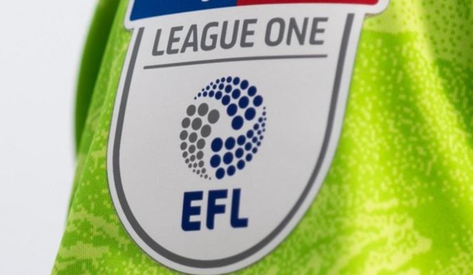 英格兰职业足球运动员协会将考虑对小队人数限制提案采取法律行动
