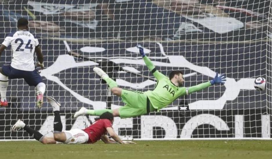 曼联后期的反杀以1-3击败了热刺