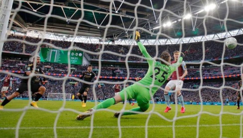 英格兰联赛杯决赛:曼城和热刺在温布利决赛各拥有2,000名球迷