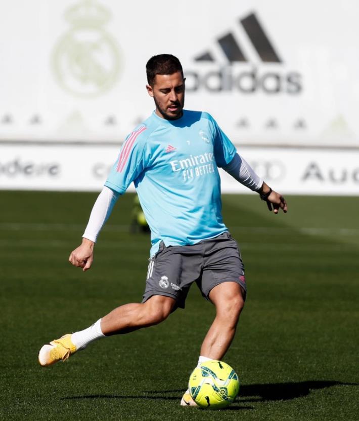 埃登~阿扎尔准备在冠军联赛半决赛激战切尔西重逢之前返回皇家马德里