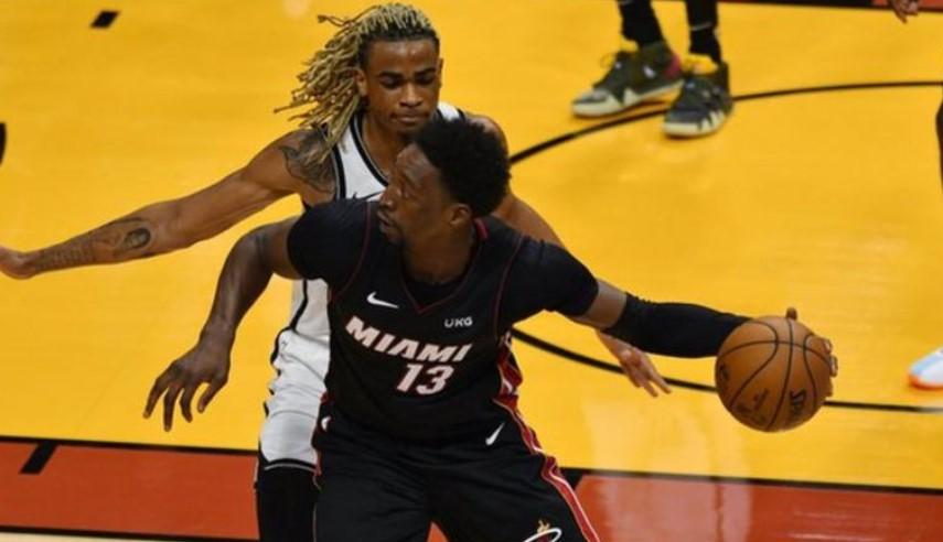 巴姆·阿德巴约以压哨球让迈阿密热火队击败了布鲁克林篮网队