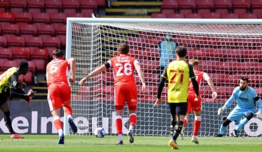 沃特福德以微弱的优势晋级回英超联赛