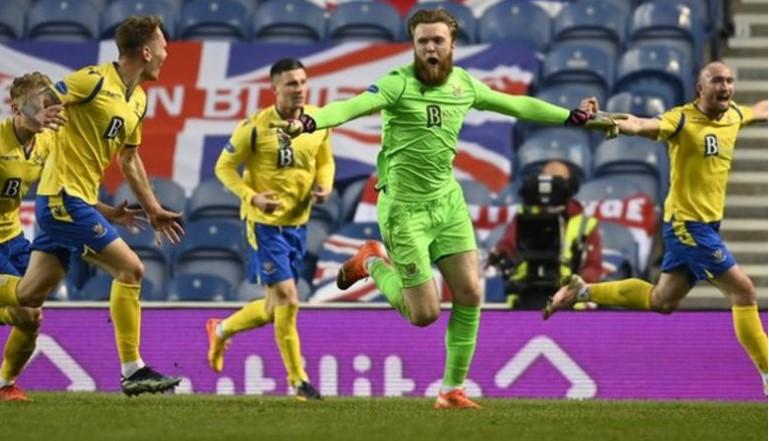 圣约翰斯顿以一个令人震惊的罚球将流浪者淘汰出了苏格兰杯