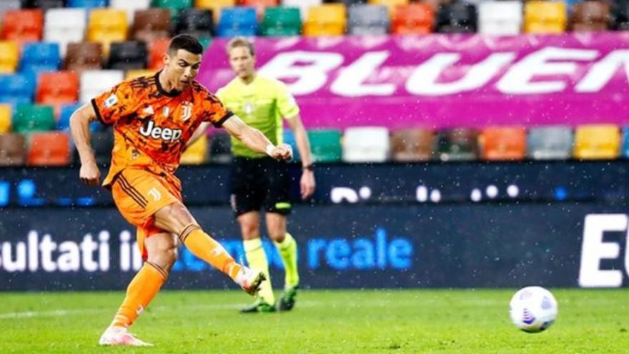 罗纳尔多的后期两个进球拯救了尤文图斯