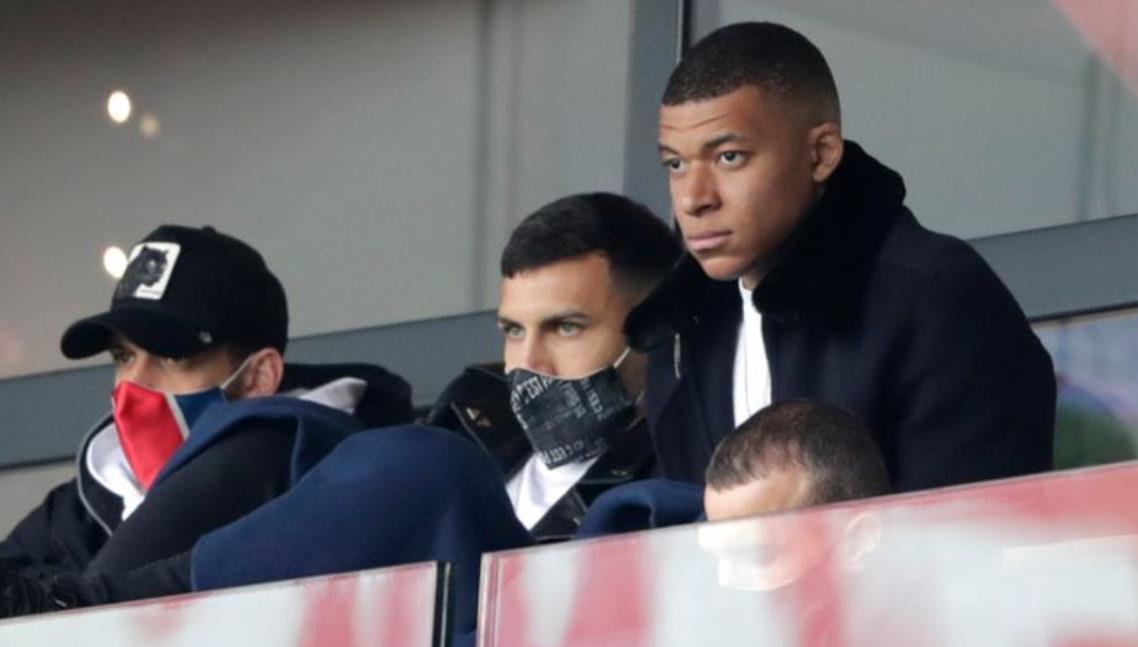 毛里西奥~波切蒂诺表示,巴黎圣日耳曼队对曼城的领带表示怀疑