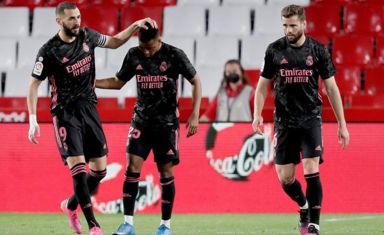皇家马德里竞技队获得了胜利以保持获得西甲联赛冠军的希望