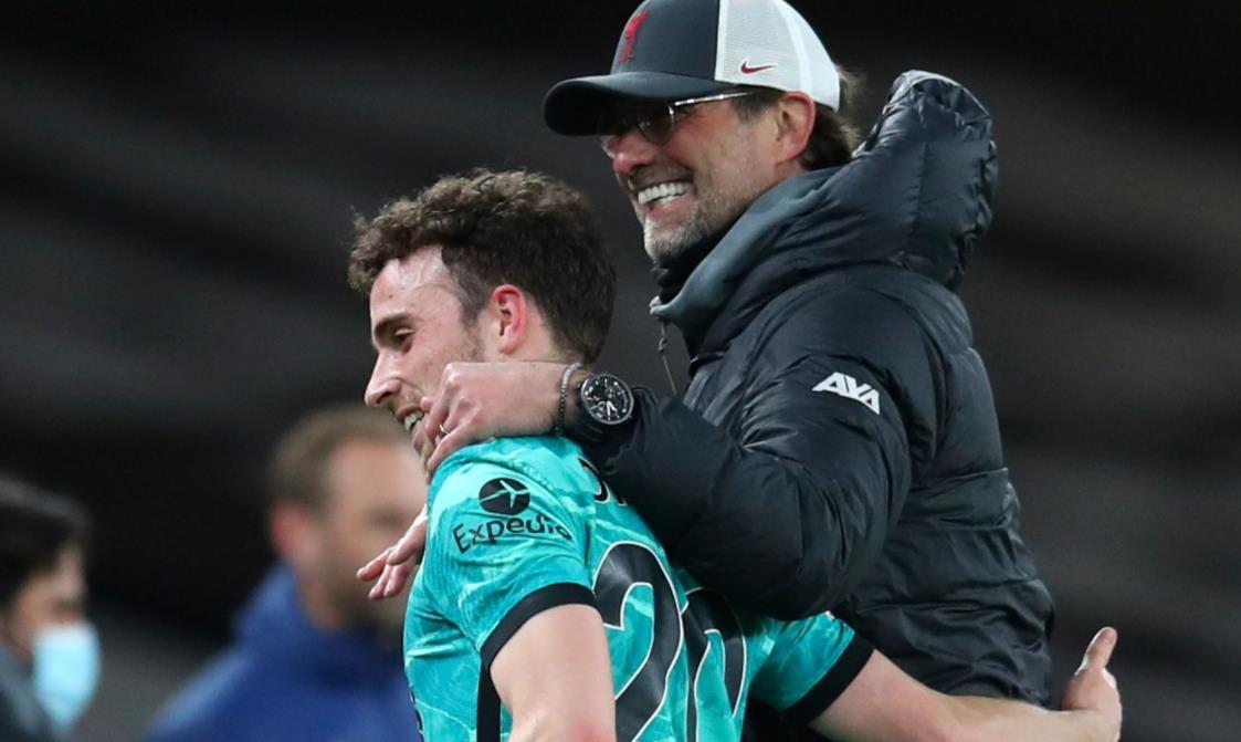 """尤尔根~克洛普表示,利物浦前锋有""""微小的机会""""从伤病中复出对阵水晶宫"""