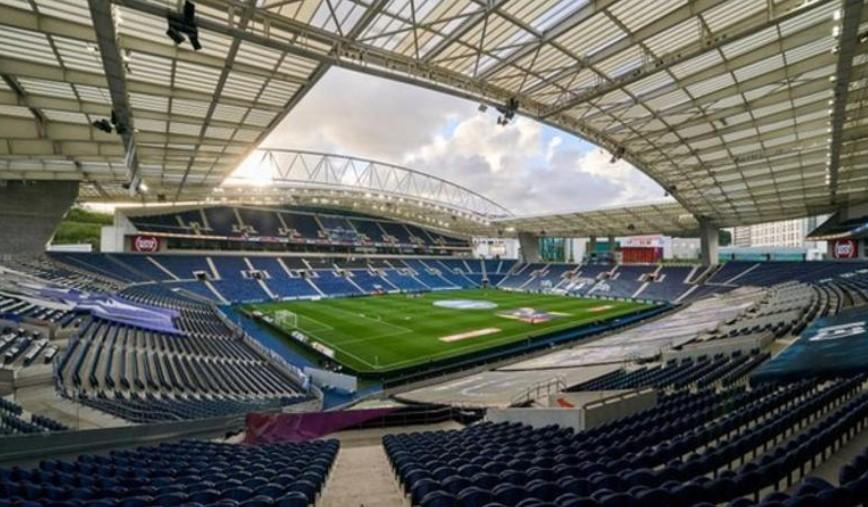 考虑到对环境的影响,欧洲足球联合会联盟是否应该对主办比赛的城市更加灵活?