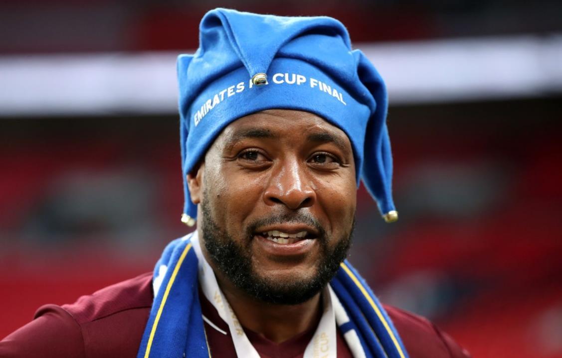 莱斯特城获得英超联赛冠军后,队长将在本赛季结束时退休