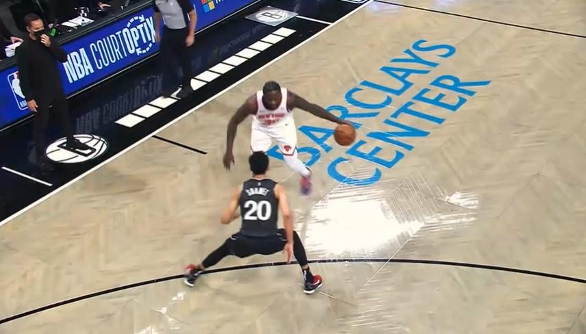 朱利叶斯·兰德尔被评为2020-21起亚NBA进步最快的球员