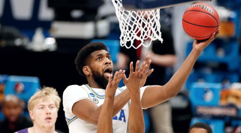 UCLA棕熊队的科迪·莱利进入NBA选秀