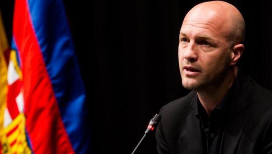 巴塞罗那任命前中场球员就足球事宜提供建议