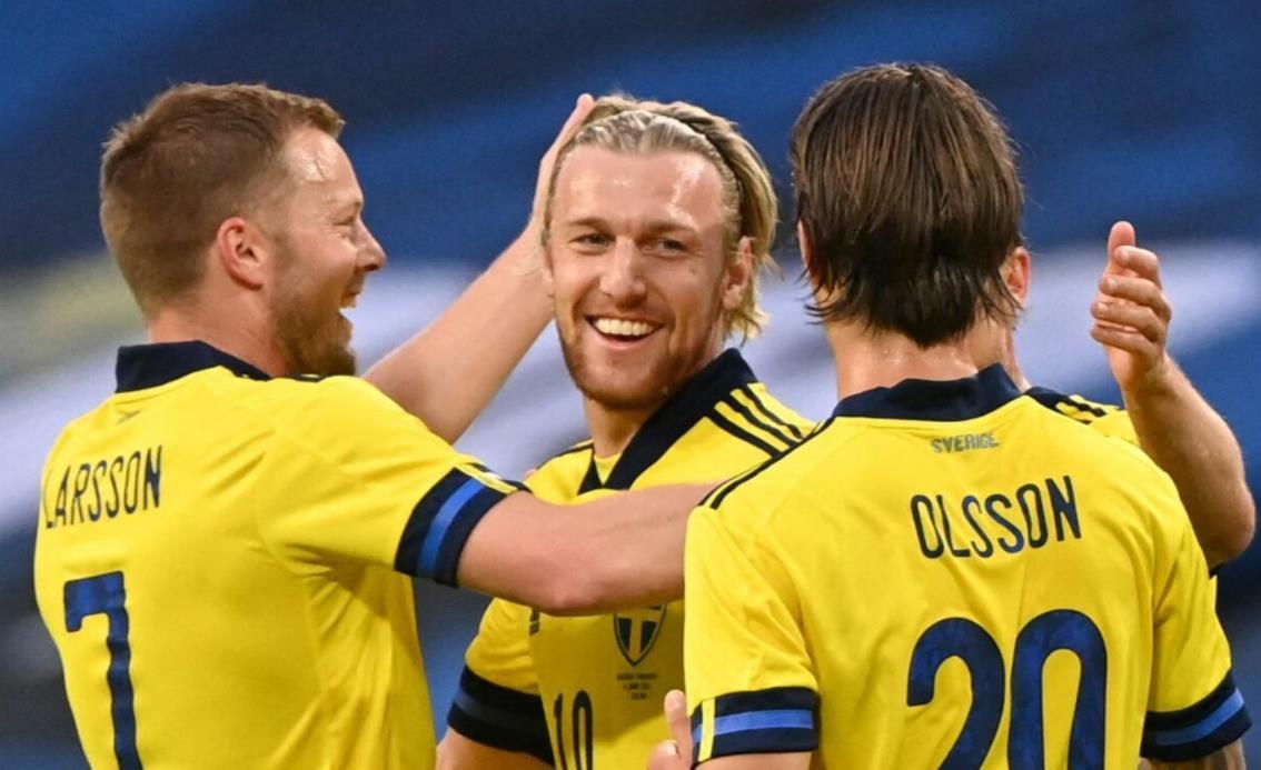 埃米尔~福斯贝里激励瑞典取得胜利