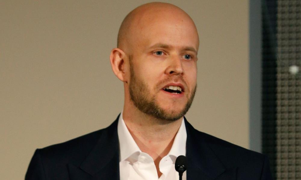 阿森纳球迷和 Spotify 联合创始人将从克伦克手中收购俱乐部的出价提高至 20 亿英镑