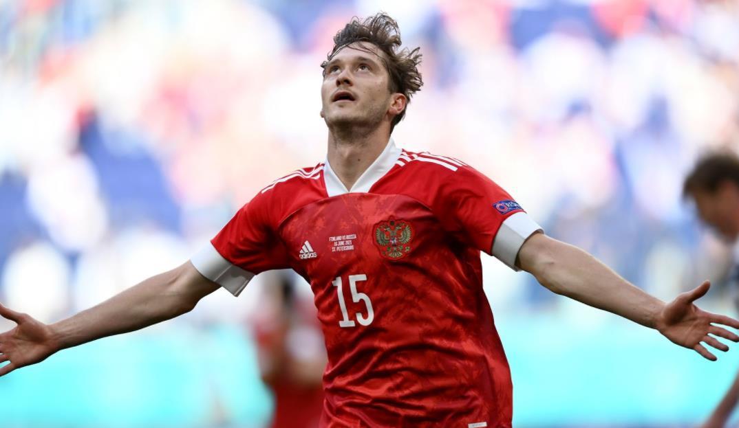 米兰楚克的射击让俄罗斯赢得了 2020 年欧洲杯的首场胜利