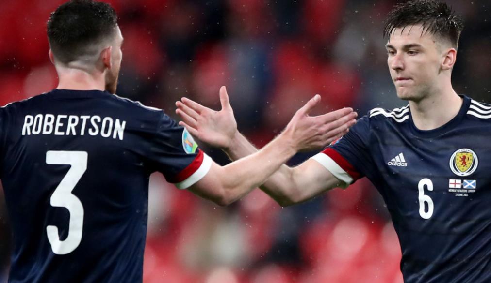 助理教练斯蒂芬~里德说,苏格兰在英格兰抽签后瞄准淘汰赛阶段